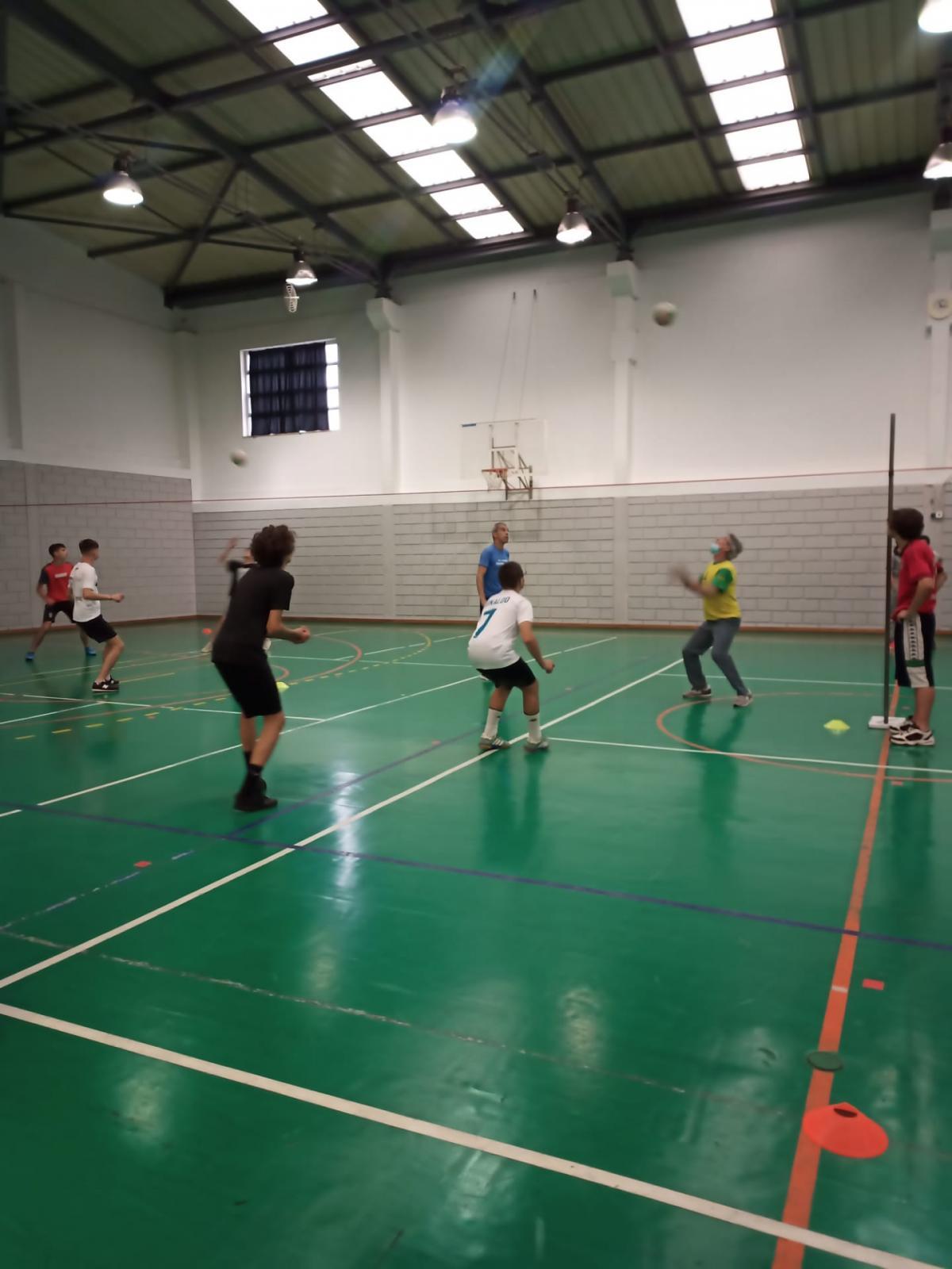 Torneio de Voleibol Pares